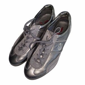Ecco Metallic Grey Sliver Lace Up Tennis Shoes (8)